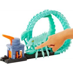 hot-wheels-city-toxic-scorpion-attack